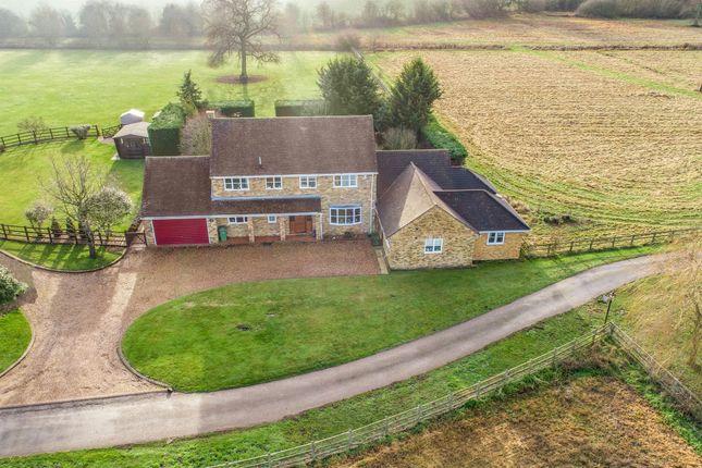 Thumbnail Detached house for sale in Moreton Lane, Thame