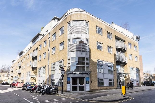 Thumbnail Flat for sale in Naoroji Street, London