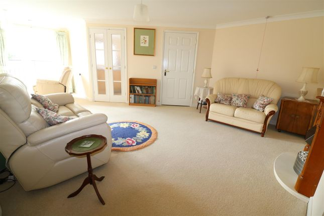 Thumbnail Property for sale in Townsend Court, High Street South, Rushden