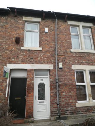 3 bed flat to rent in Mowbray Street, Newcastle Upon Tyne
