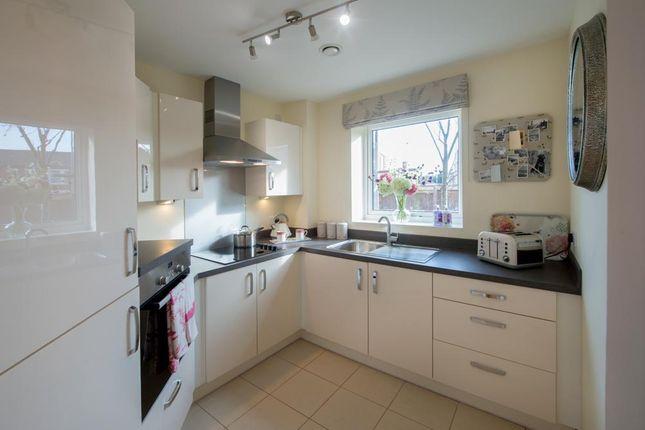 Thumbnail Flat to rent in Century Court, Wilford Lane, Nottingham, Nottinghamshire