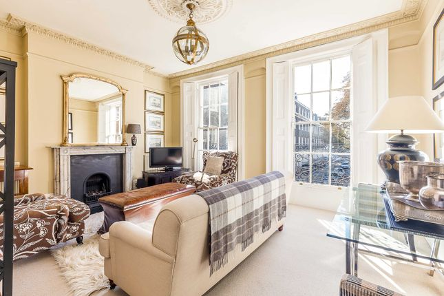 2 bed flat for sale in Canonbury Square, Islington N1