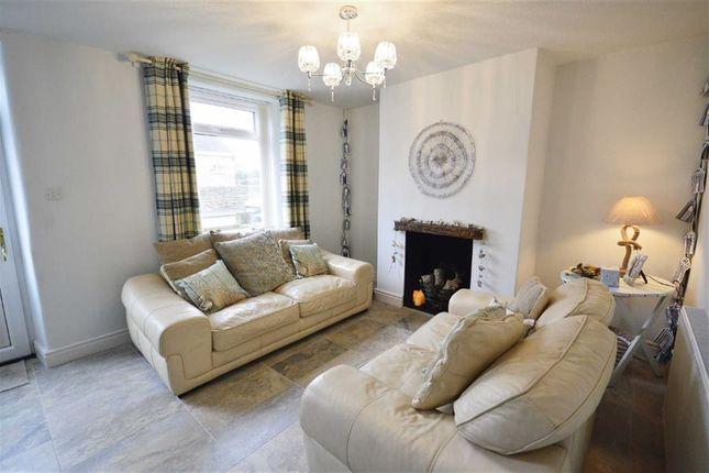 Thumbnail Cottage to rent in Main Street, Cayton, Scarborough