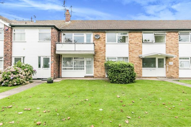 2 bed flat for sale in Albany Chase, Holland Road, Clacton-On-Sea CO15
