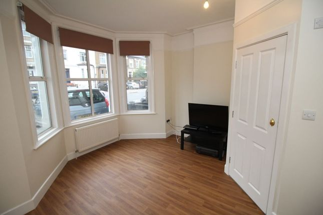 Thumbnail Semi-detached house to rent in St. James's Road, Croydon