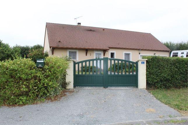 Property for sale in Centre, Cher, Saint Hilaire En Lignieres