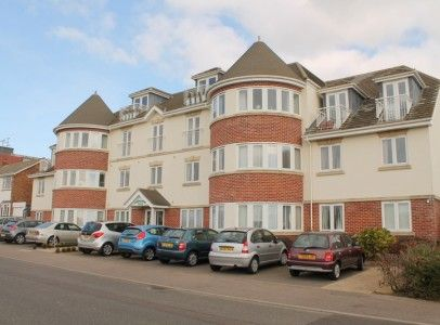Thumbnail Flat to rent in Collingwood Green, Clacton-On-Sea