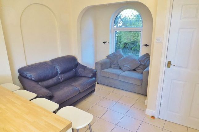 5 bed terraced house to rent in Wolseley Road, Brighton