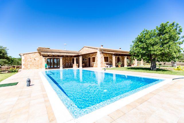 Thumbnail Farmhouse for sale in Campos, Majorca, Balearic Islands, Spain