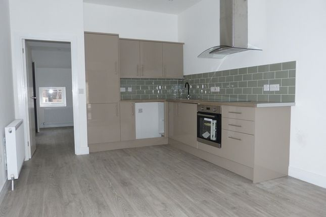 Thumbnail Flat for sale in North Street, Leatherhead