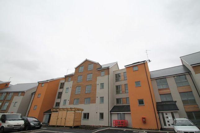 Thumbnail Flat to rent in Kittiwake Drive, Portishead, Bristol