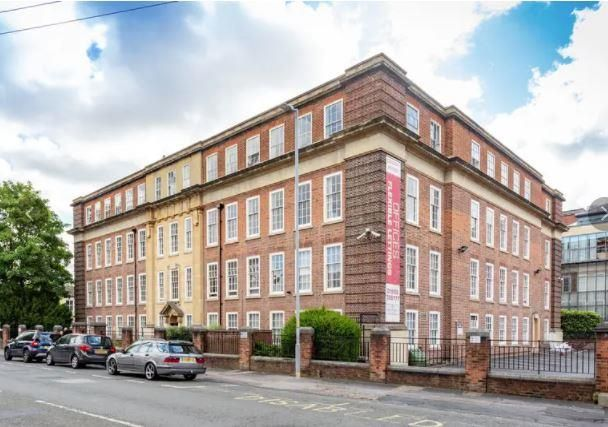 Office to let in County House, St. Marys Street, Worcester, Worcestershire
