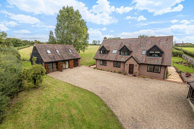 Thumbnail Detached house for sale in Hayes Lane, Slinfold