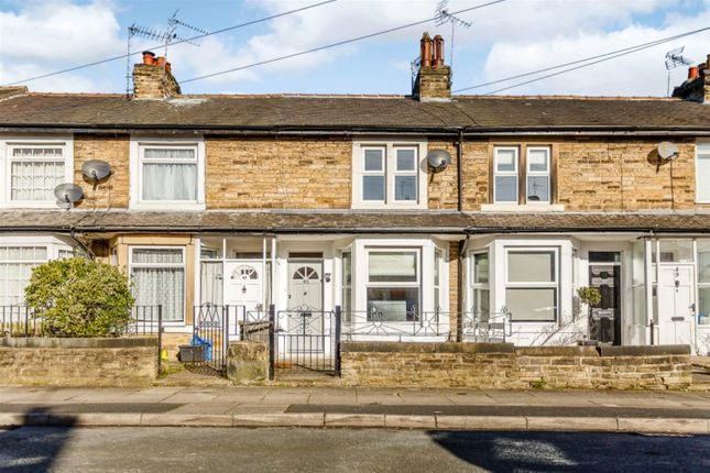 3 bed terraced house for sale in Albert Road, Harrogate