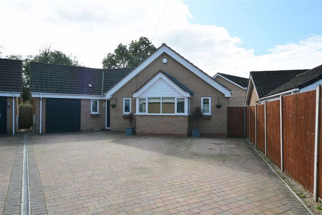 Bungalow for sale in Farriers End, Quedgeley, Gloucester