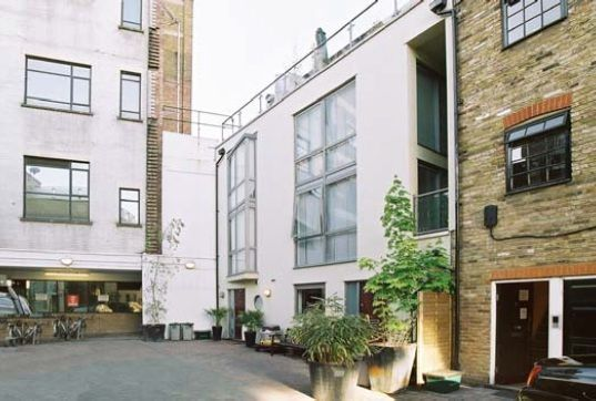 Thumbnail Mews house to rent in Sidney Grove, Angel, London