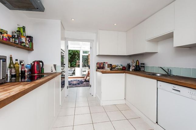 Thumbnail Property to rent in Langton Road, London