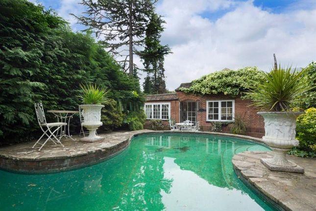 Cavendish Road Weybridge Kt13 3 Bedroom Detached House For Sale 44996358 Primelocation