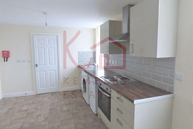 Thumbnail Studio to rent in 15 Kelham House, Kelham Street, Doncaster
