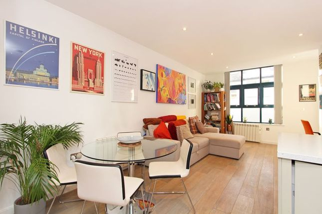Thumbnail Flat to rent in Deodar Road, London