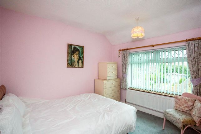 Bedroom Two of Teignmouth Avenue, Mansfield NG18