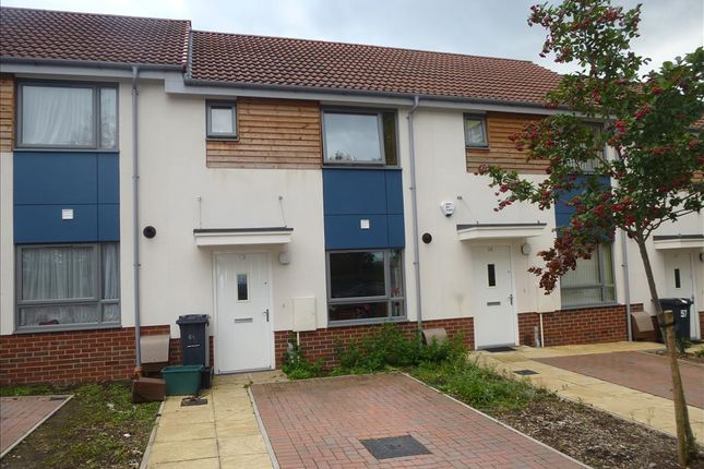 2 bed terraced house to rent in The Groves, Bristol