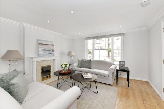 Mews house to rent in Beverston Mews, Marylebone