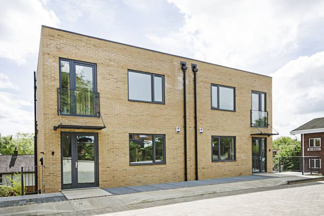 Thumbnail Property to rent in Orchard Close, Willesden