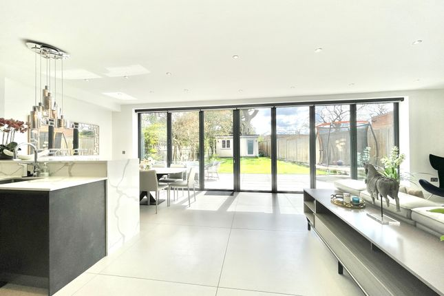 Thumbnail Semi-detached house to rent in Woodside Park, London