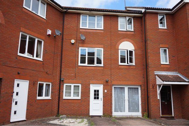 Thumbnail End terrace house for sale in Captains Place, Southampton