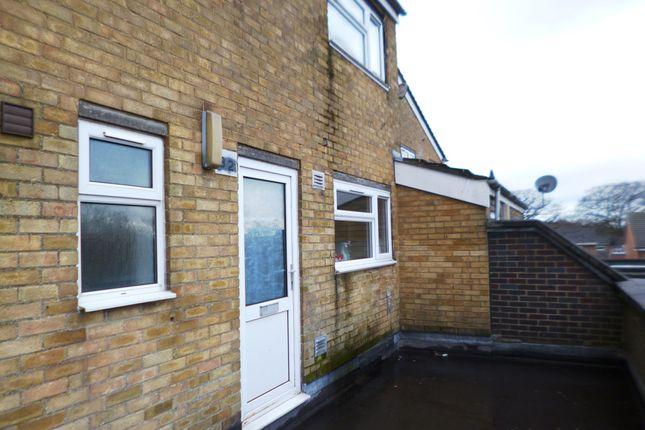 Thumbnail Maisonette to rent in Kestrel Road, Chatham