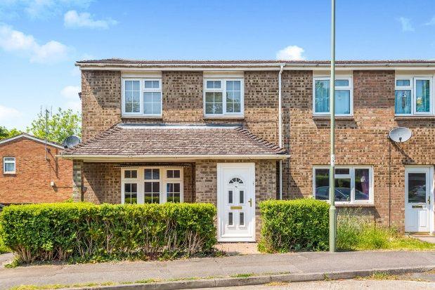 Thumbnail Terraced house to rent in Gainsborough Road, Basingstoke