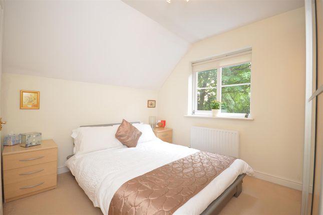 Bedroom of Silver Close, Kingswood, Tadworth KT20