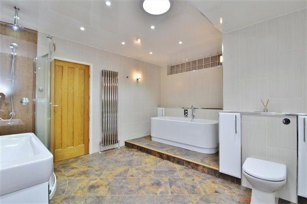 Bathroom of Orchard Lane, Preston PR4