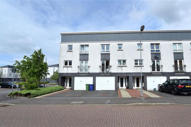 Thumbnail Town house for sale in Whimbrel Wynd, Braehead, Renfrew