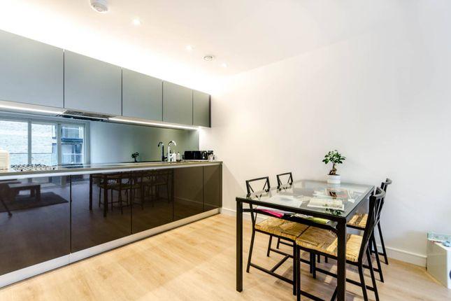 Thumbnail Flat to rent in Heritage Place, Kew Bridge, Brentford