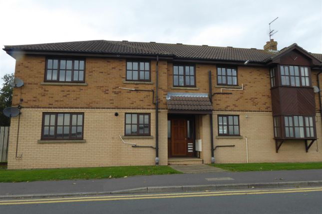 Thumbnail Flat to rent in Whiting Court, Cliff Road, Hessle