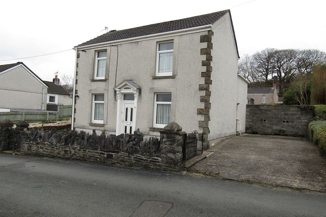 Thumbnail Property for sale in Heol Y Cae, Clydach, Swansea, City And County Of Swansea.