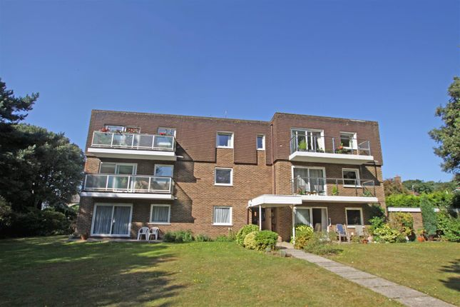Thumbnail Flat for sale in Queens Park West Drive, Bournemouth