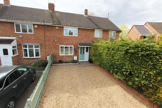 2 bed property for sale in Stuart Road, Barton-Le-Clay, Bedford MK45