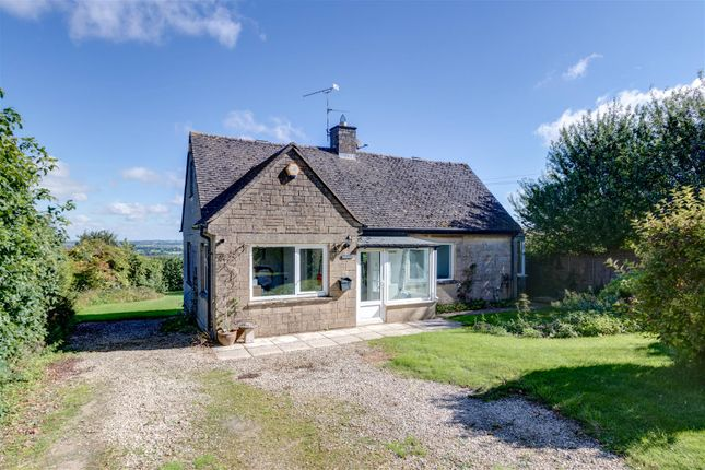 Thumbnail Detached bungalow to rent in Nether Westcote, Chipping Norton