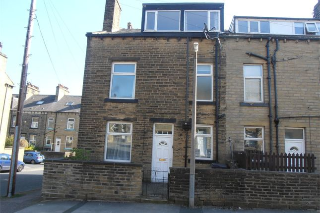 Thumbnail Shared accommodation to rent in Burleigh Street, Halifax, West Yorkshire