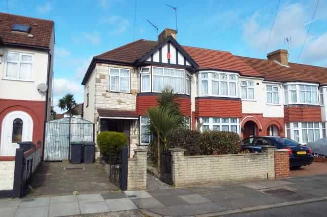 Thumbnail End terrace house for sale in New Park Avenue, Palmers Green, London