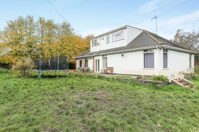 Thumbnail Bungalow for sale in Watersmeet Road, Wyken, Coventry, West Midlands