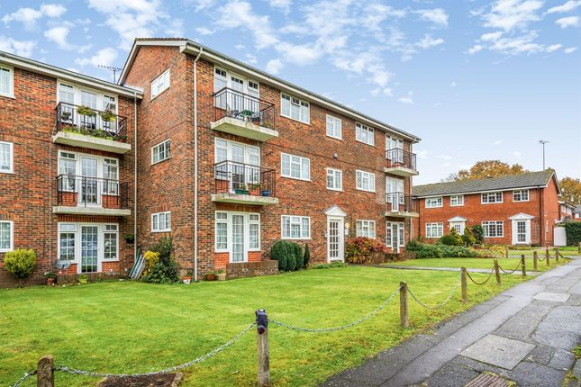 Thumbnail Flat for sale in Church Close, Burgess Hill