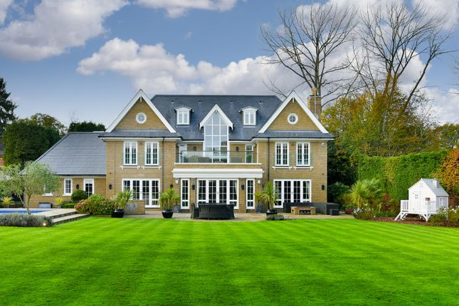 Thumbnail Detached house for sale in Sandy Lane, Kingswood