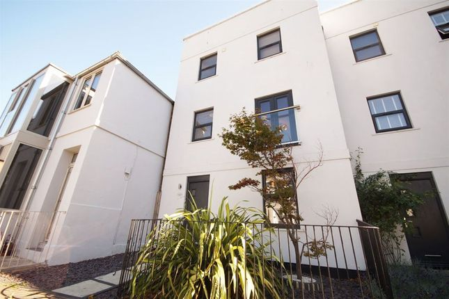 Thumbnail Property to rent in Rodney Road, Cheltenham