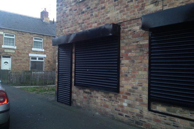 Retail premises to let in Pont Street, Ashington