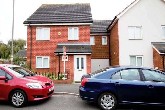 Thumbnail Semi-detached house to rent in Jeremiah Road, Wolverhampton
