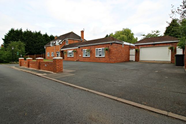 Thumbnail Detached house for sale in The Forest, Hampton Lovett, Droitwich